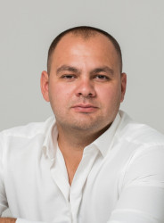 Маркарьян Артем Владимирович
